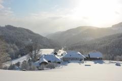 Blick ins Tal im Winter